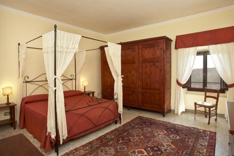 Frantoio apartment bedroom