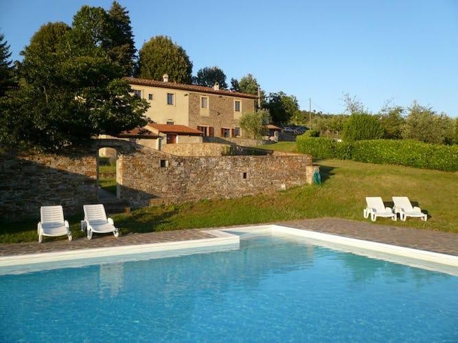 Farmhouse swimming pool and garden