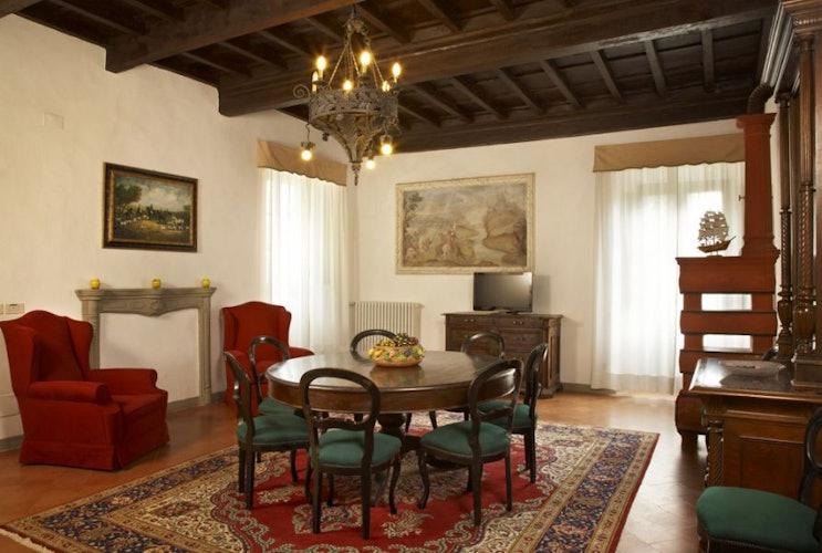 Elegante e classica sala comune