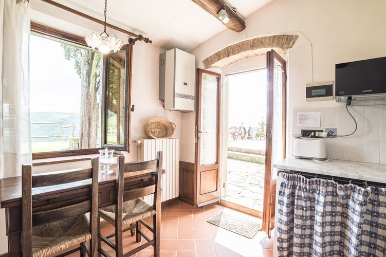 Agriturismo La Sala: Every apartment with a SAT TV