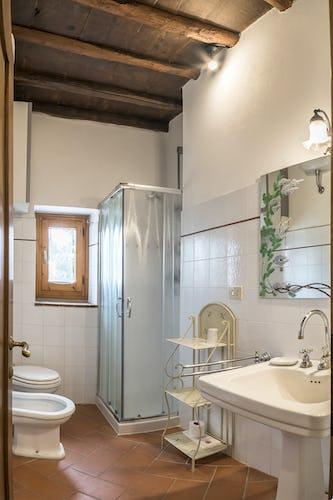Agriturismo La Sala: bagno privato in ogni appartamento