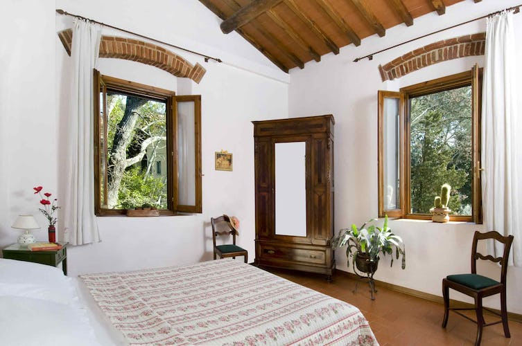 Agriturismo La Tinaia - Furnished in with antique from the 1800's
