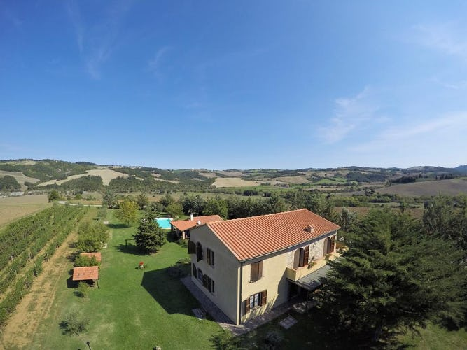Agriturismo Le Selvole - endless vistas all around