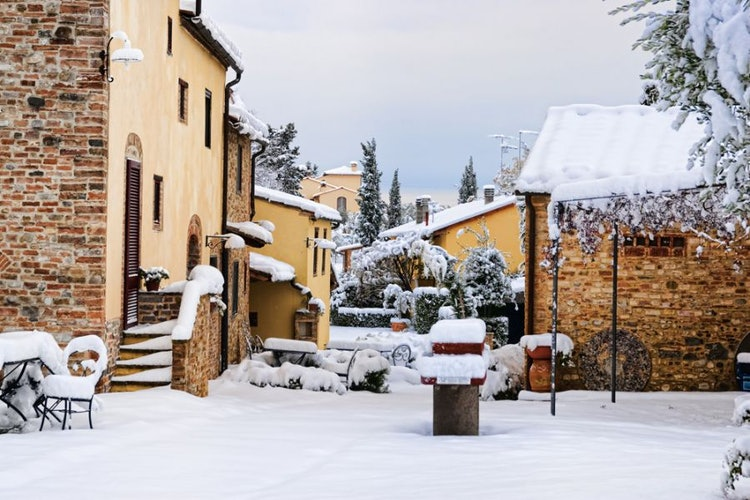 Have you ever seen the Chianti area under the snow?