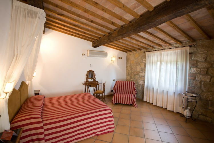 Agriturismo Palazzo Bandino - Apartmetns & bedrooms all have AC