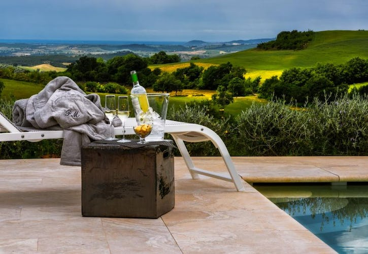 Agriturismo Poggio Mirabile near Grosseto, with a private scenic pool