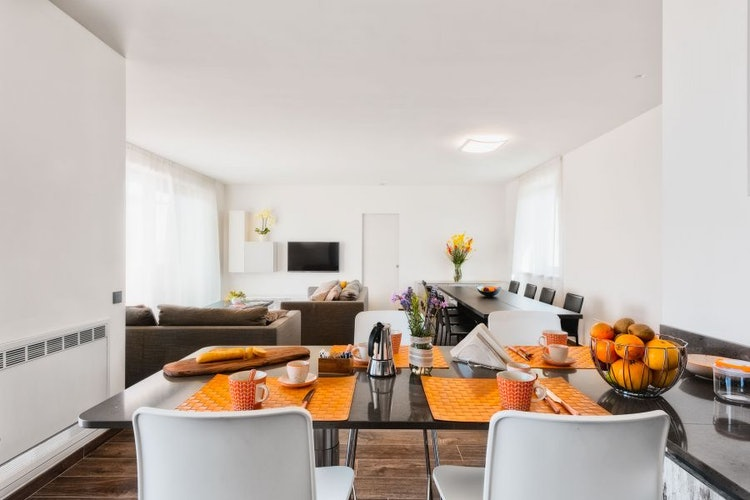 There is a self catering apartment for up to 6 PAX at Poggio Mirabile