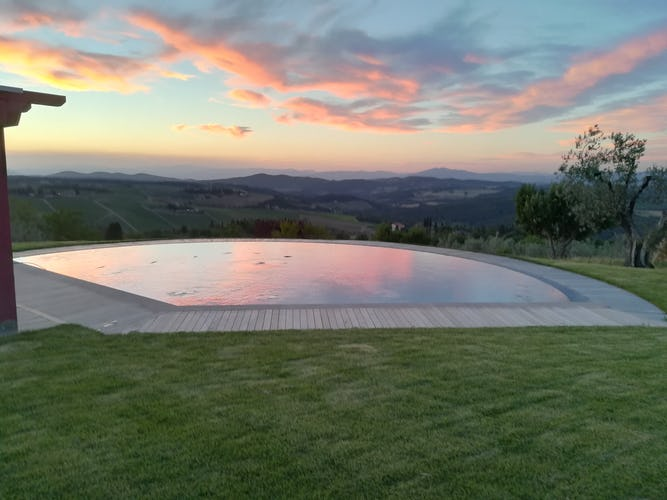 Agriturismo Vicolabate: holiday rental apartments and villa in Chianti Classico