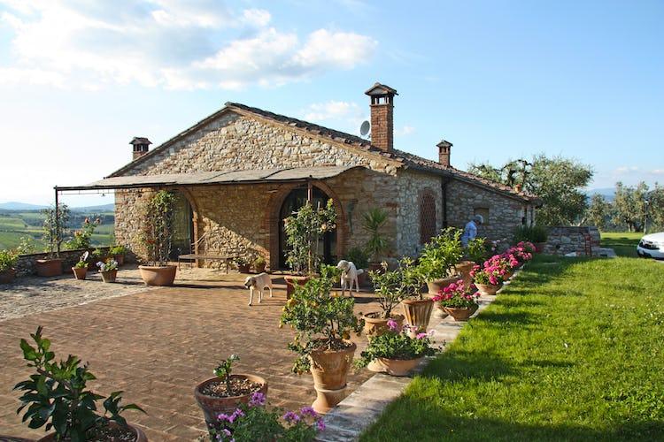 Agriturismo Vicolabate: un ampio giardino ed il bbq sono a tua disposizione