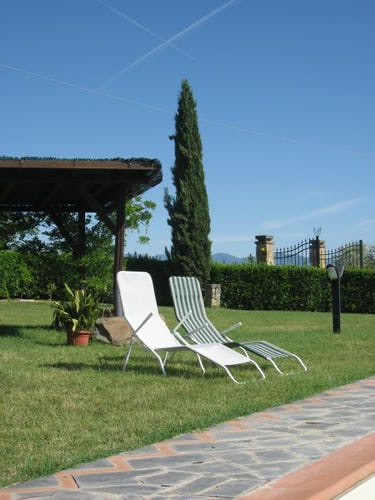 Relax in the Tuscan Countryside Villani Farmhouse