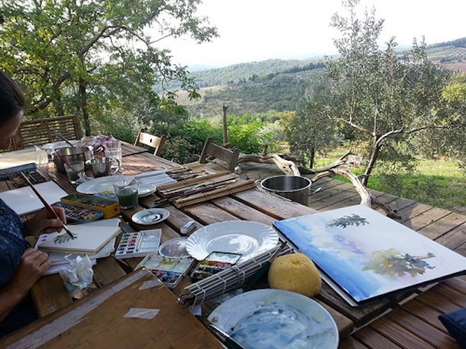Ask about a mini art lesson and unleash your creative side in Tuscany