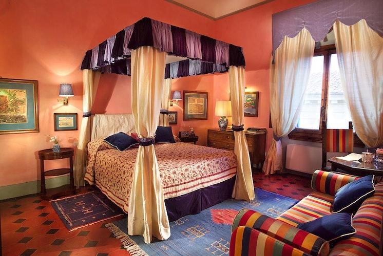 Camera matrimoniale accogliente e romantica