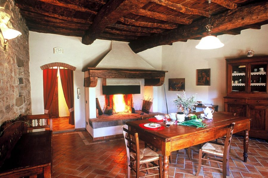 agriturismo castel d u0027acone enjoy farm holidays in tuscany at