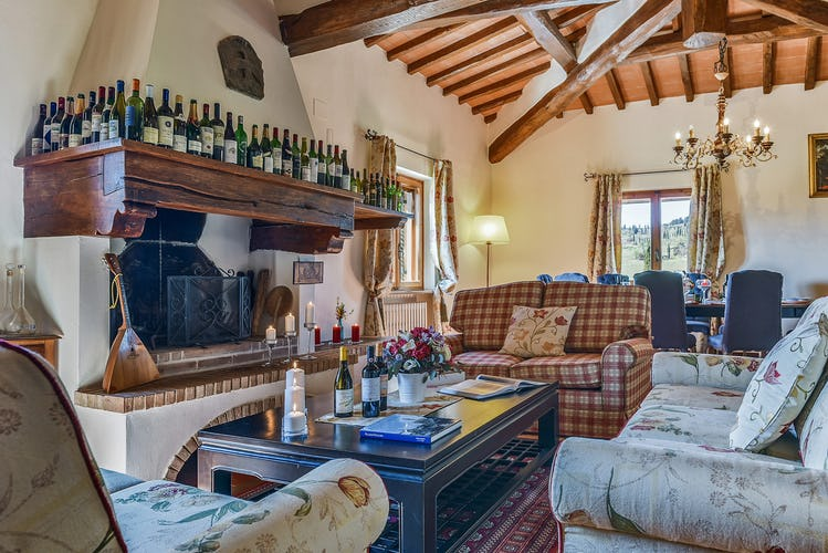 Belvedere di Viticcio near Greve in Chianti is cozy & inviting.