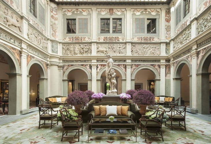 Four Seasons Hotel Firenze: Classical, elegant decors
