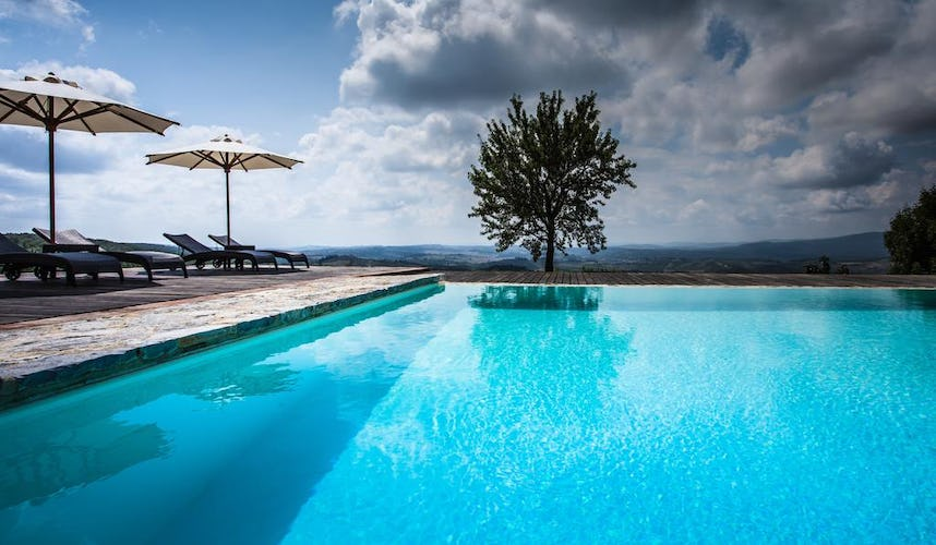 Castello La Leccia - panoramic poolside view