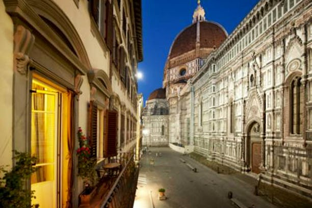 Florence duomo accommodation vacation rentals near for Granduomo charming accomodation