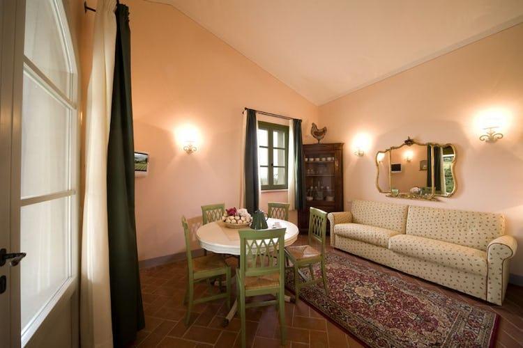 Borgo della Meliana: Living room Borgo della Meliana apartments