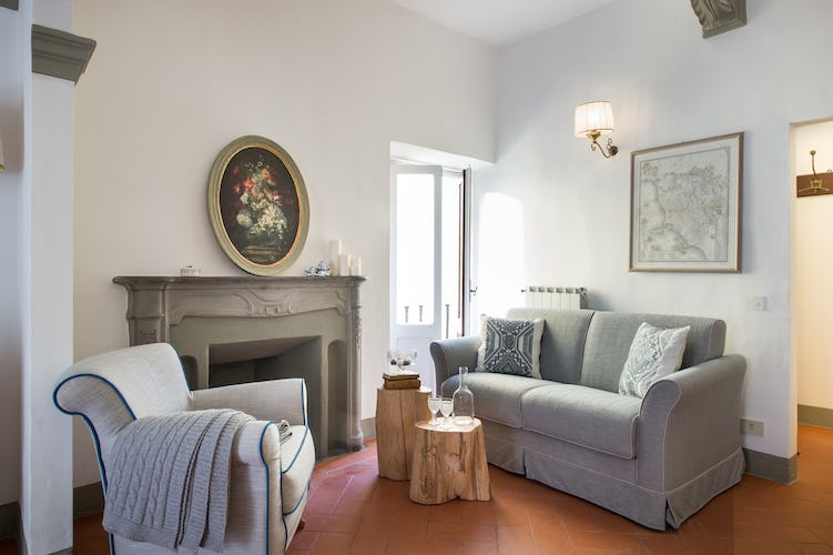 Borgo de Greci Vacation Apartments in Florence: Fireplace in Living room