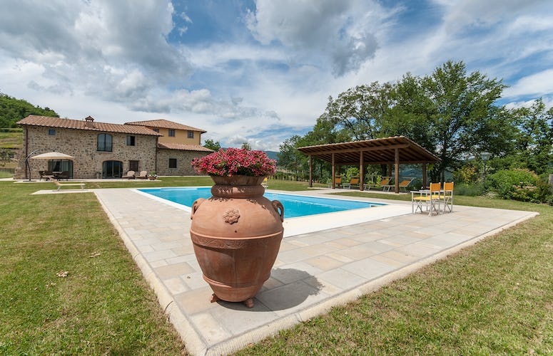 Borgo La Casa, vacation villa rental, between Florence Italy and Arezzo
