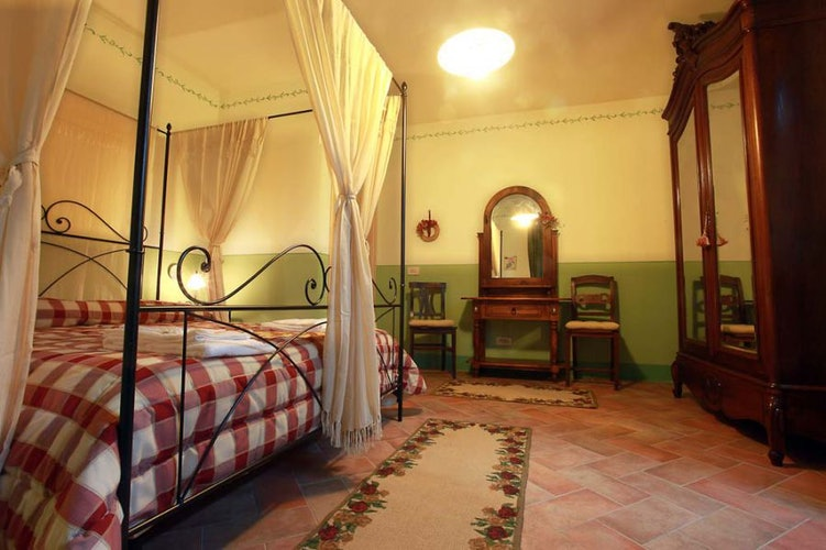 The apartments are decorated in typical Tuscan style