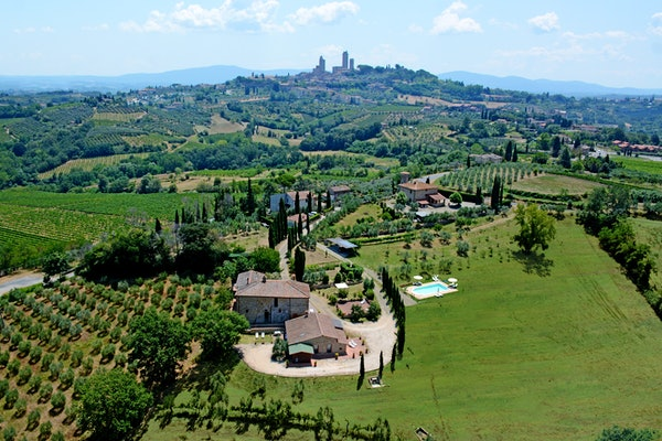 Agriturismo Casa dei Girasoli - view of San Gimignano