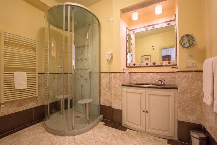 Il bagno della camera Eleonora
