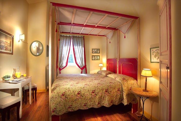 Le camere sono dotate di tutto il necessario, compreso wi-fi