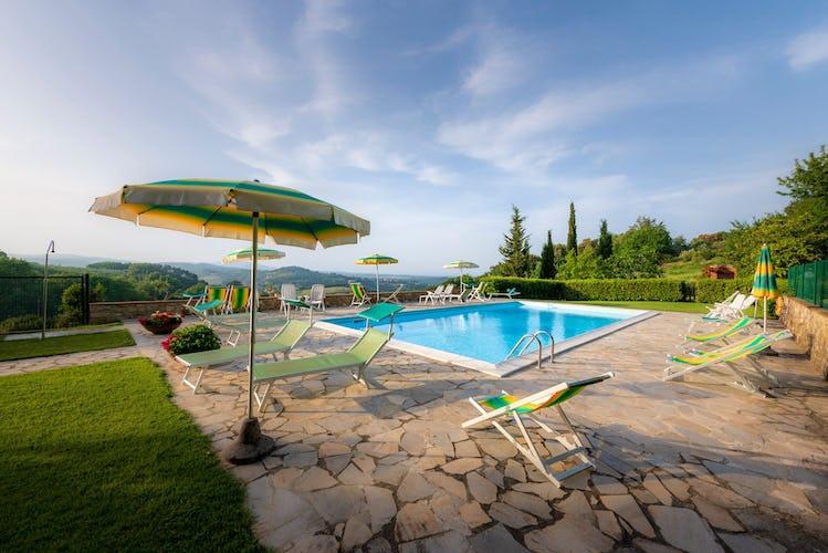 Casa Podere Monti - Perfetta per un giorno sotto il sole di Toscana