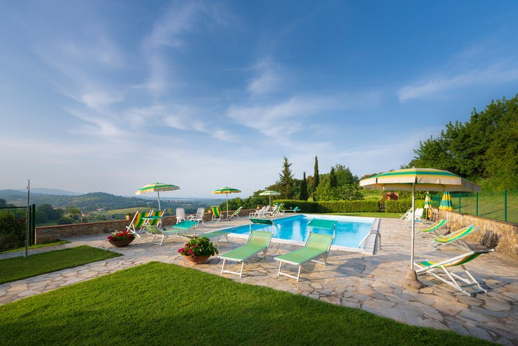 Casa Podere Monti - Relaxing Garden Space for everyone