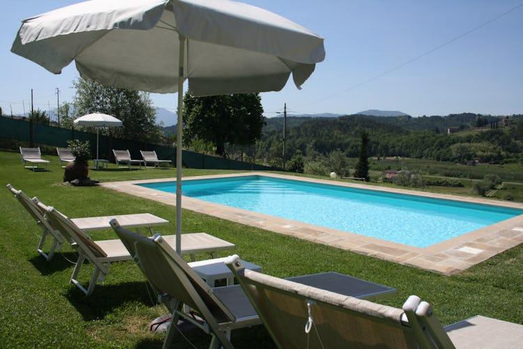 Casa Vacanze i Cipressi, ubicata nella campagna che circonda Lucca