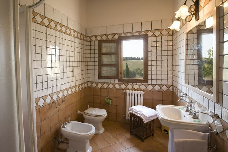 Castellare di Tonda Montaione Bathroom
