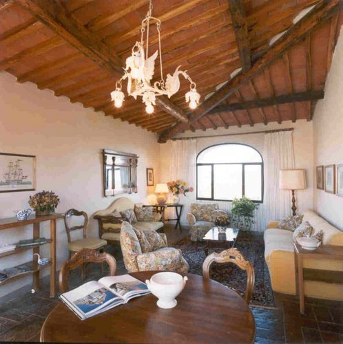 Comfortable, spacious rooms at Castello di Montozzi
