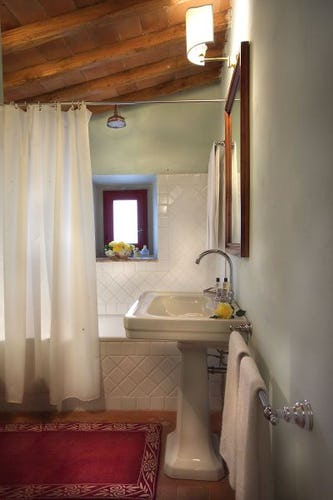 Modern bathrooms at Chianti Suites vacation rentals