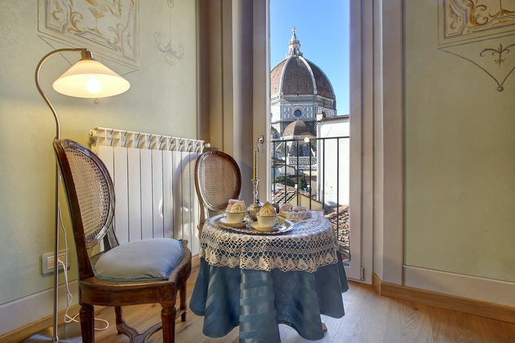 Cupido Vacation Rental Apartment in Florence, Italy: Dreaming of Tuscany