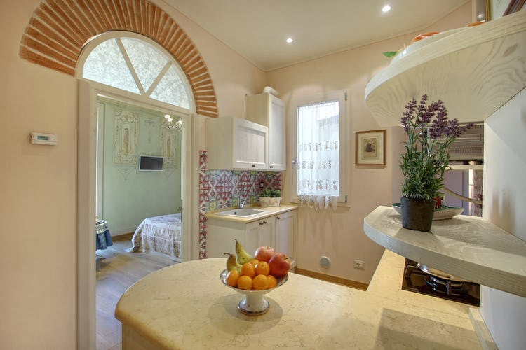 Cupido Vacation Rental Apartment in Florence, Italy: a romantic haven