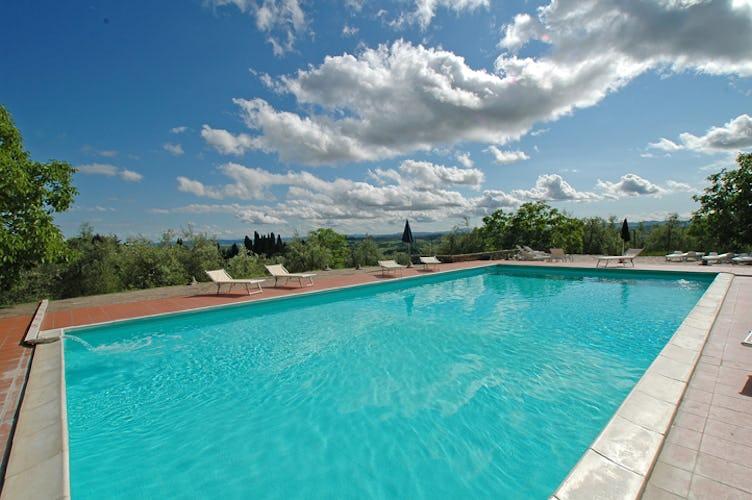 Residence con Piscina in Chianti Catignano