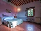 bedroom tuscany apartment