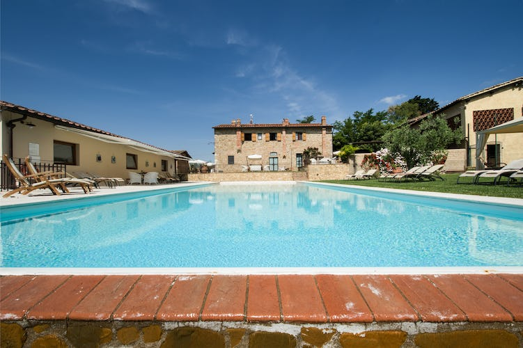 Wine Resort Fattoria Pogni near Certaldo and a super sized salt water pool