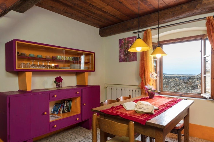 Giovanna Vacanze: Bright decor in Girasole