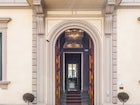 A historical villa in a quiet area of Florence near public transport