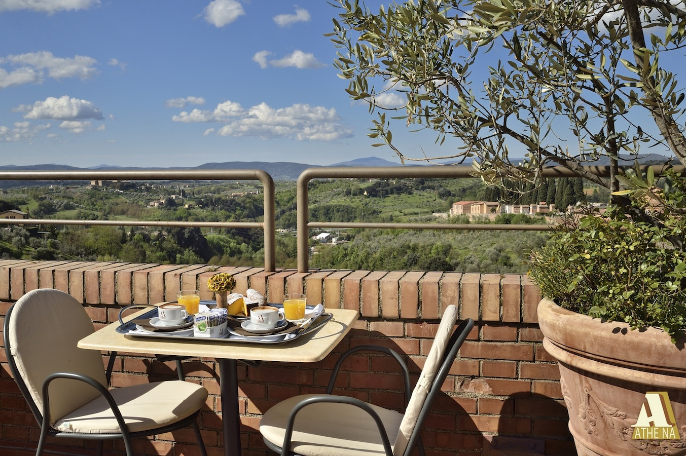 Family Run Hotel Athena Within Walking Distance Of Siena