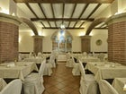 In house restaurant with traditional Tuscan dishes & speciality dishes