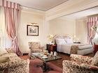 Suite Brunelleschi is spacious and inviting at Hotel de la Ville