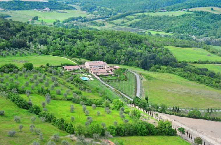 Vista panoramica del borgo Le Fontanelle a Castelnuovo nel Chianti
