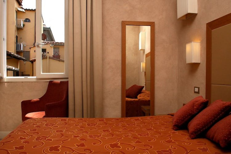 Large and comfortable double beds in Hotel Perseo