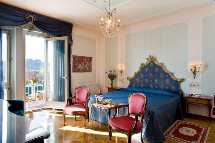 Hotel Principe - Elegant Bedroom