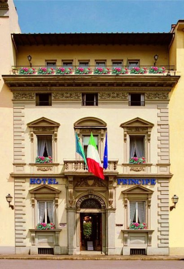 Hotel principe in florence charming 4 star hotel in for Quaint hotel