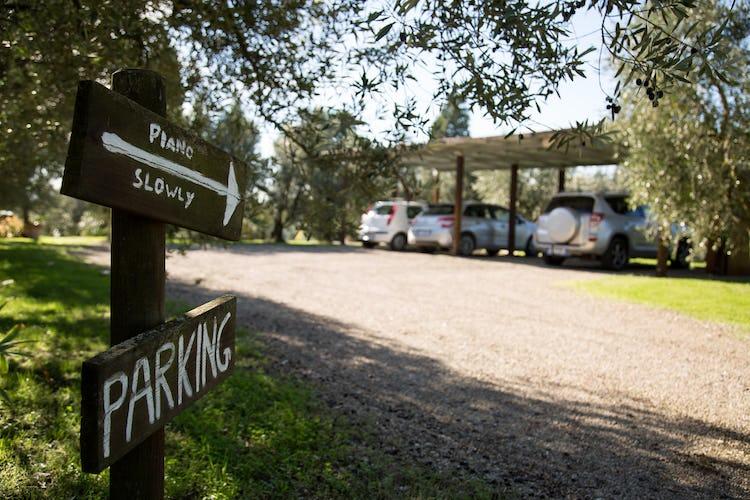 La Canigiana appartamenti per vacanze nel Chianti con parcheggio gratuito e wifi