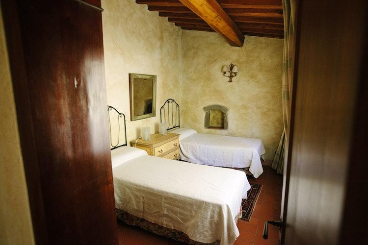 La Casa in Chianti: travi a vista e pavimenti in terracotta